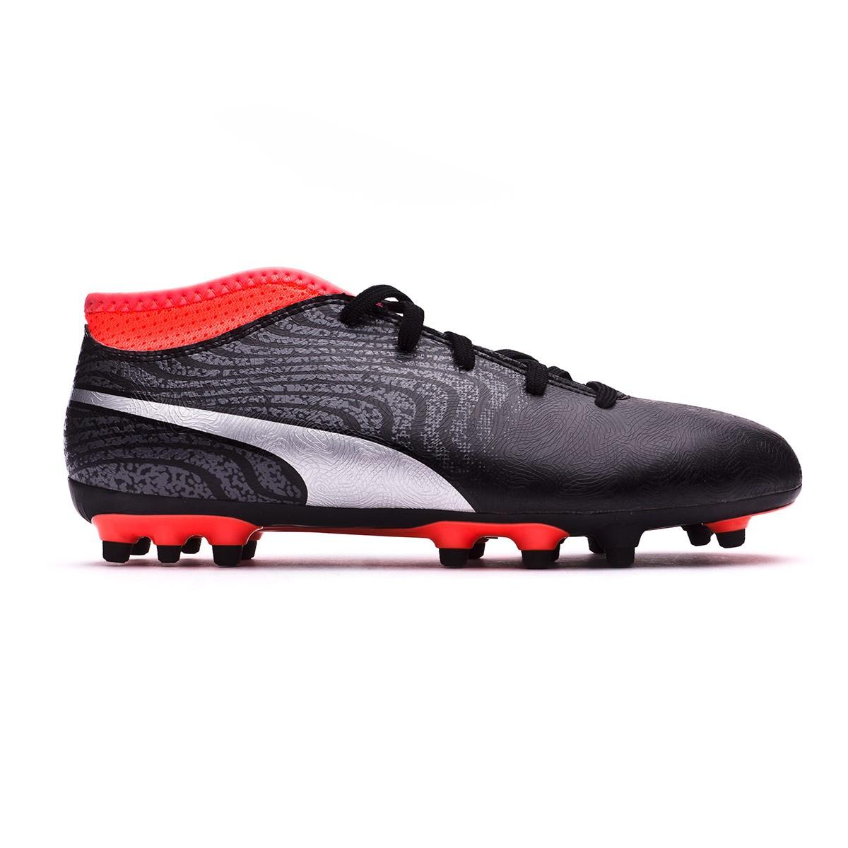 ... Bota One 18.4 AG Niño Puma Black-Puma Silver-Red Blast. Categorías de  la Bota de fútbol. Botas de fútbol b214619ad1802