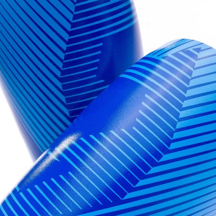 espinillera-sak-shape-blue-2.jpg