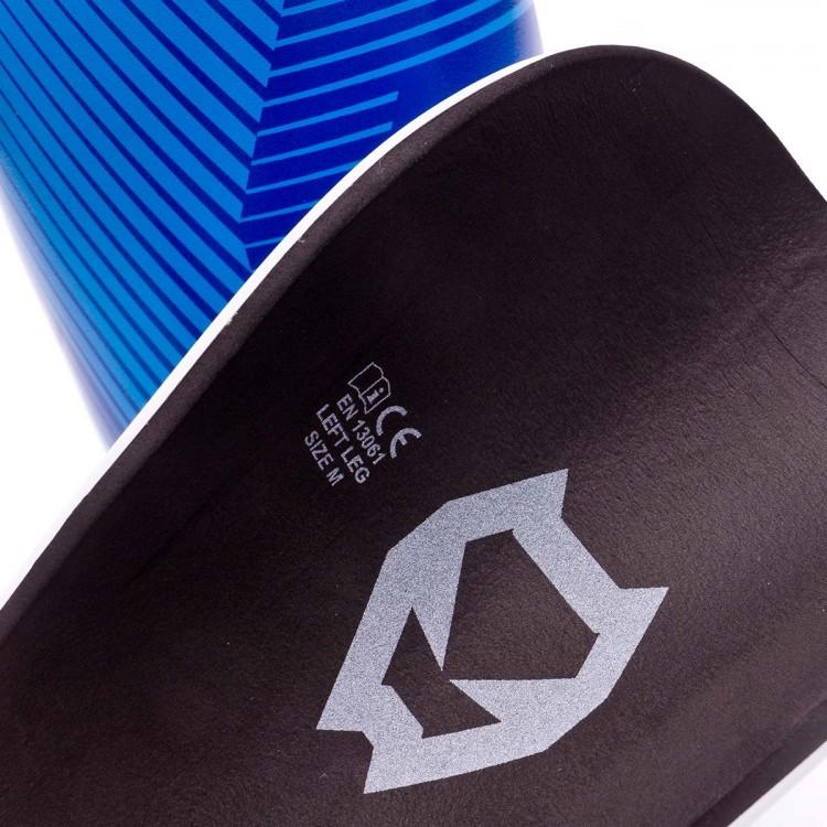 espinillera-sak-shape-blue-3.jpg