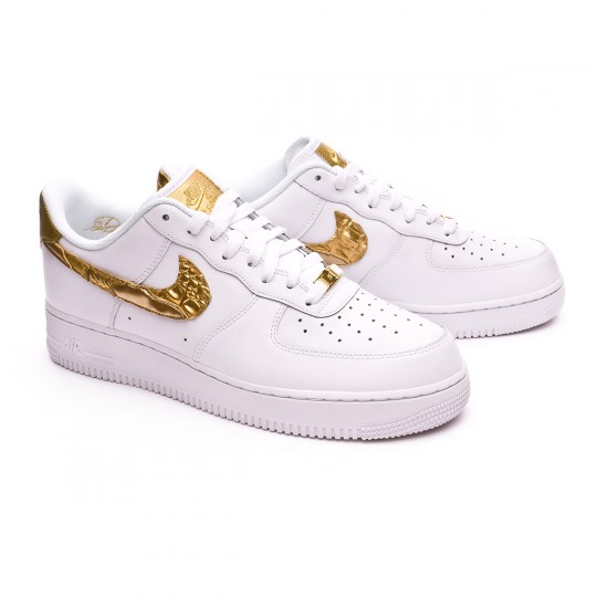 975f03a7c21f7 Football Boot Nike Air Force 1 2007 CR7 - Limited Edition White-Metallic  gold - Football store Fútbol Emotion