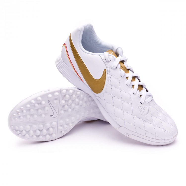 zapatilla-nike-legendx-vii-academy-10r-barcelona-turf-white-metallic-gold-white-0.jpg