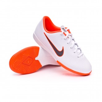 Zapatilla  Nike Mercurial VaporX XII Academy GS IC Niño White-Metallic cool grey-Total orange