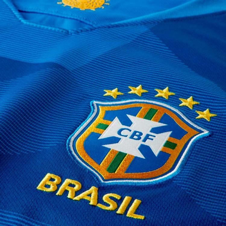 camiseta-nike-brasil-breathe-stadium-segunda-equipacion-2017-2018-soar-midwest-gold-2.jpg