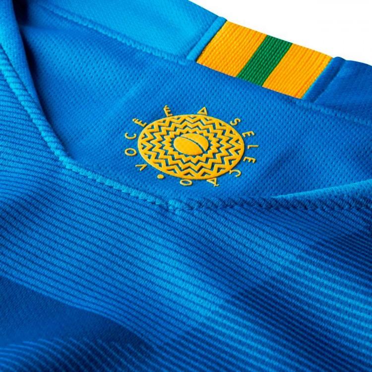 camiseta-nike-brasil-breathe-stadium-segunda-equipacion-2017-2018-soar-midwest-gold-3.jpg