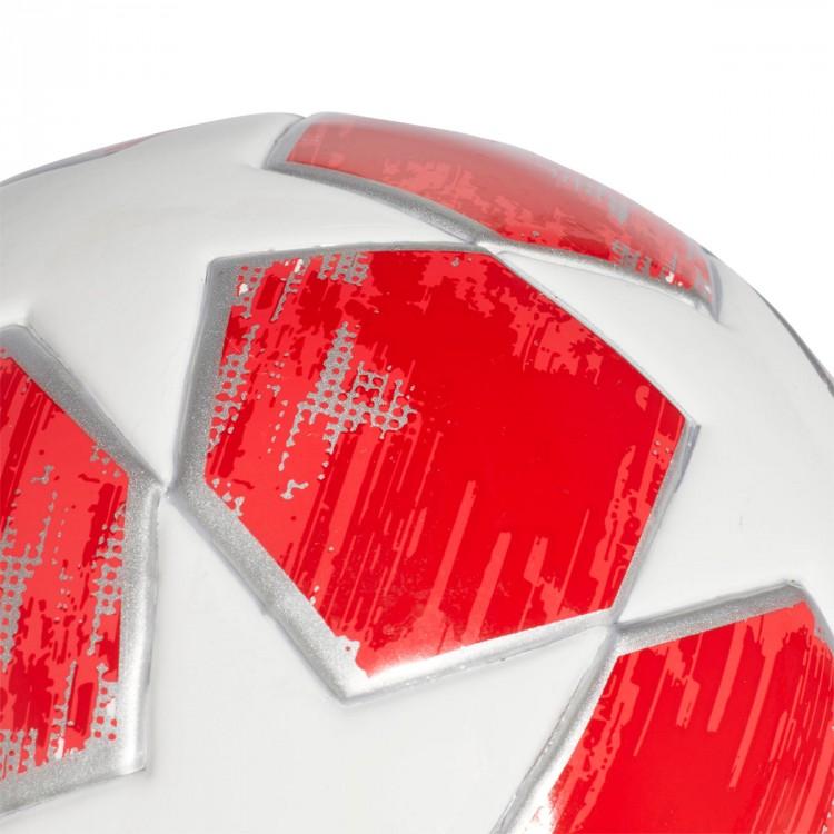 balon-adidas-mini-finale18-real-madrid-2018-white-silver-metallic-real-coral-vivid-red-2.jpg
