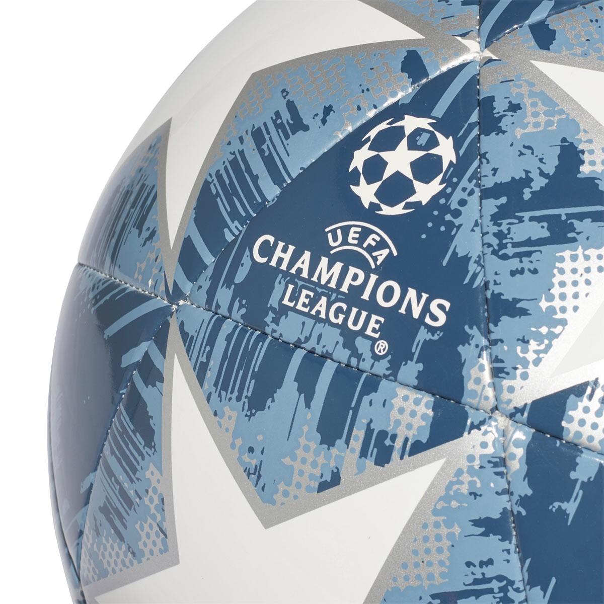 27efe6cef2bc8 Ball adidas Finale18 Bayern Munich Capitano White-Silver metallic-Raw  steel-Utility blue - Tienda de fútbol Fútbol Emotion