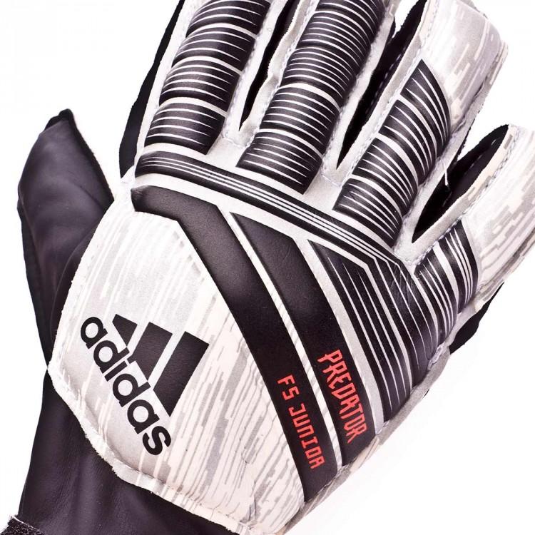 guante-adidas-predator-fingersave-manuel-neuer-nino-white-silver-metallic-black-solar-red-4.jpg