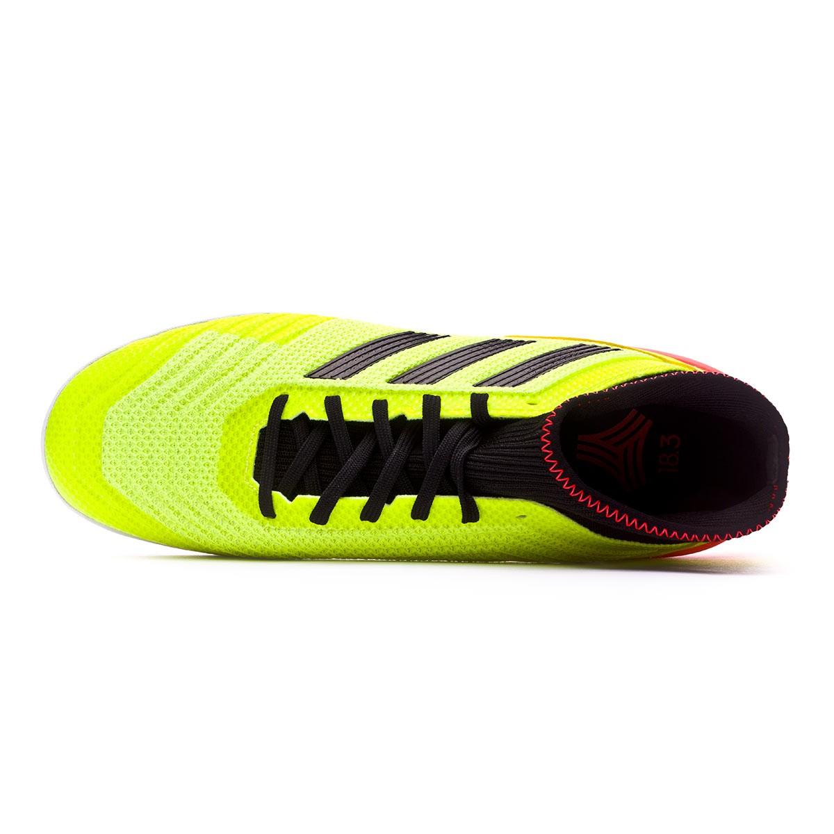 ... Zapatilla Predator Tango 18.3 IN Solar yellow-Black-Solar red. CATEGORY d207295db28a0