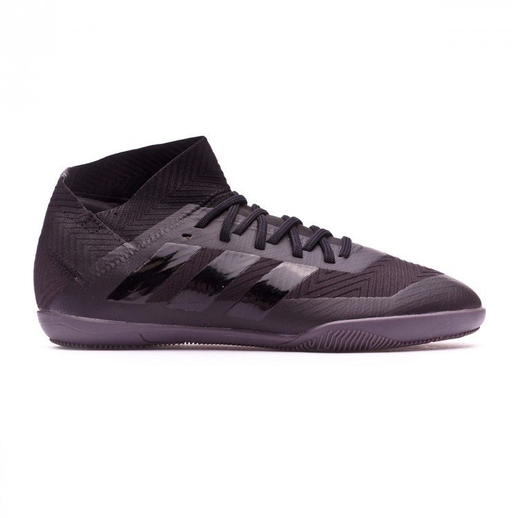 zapatilla-adidas-nemeziz-tango-18.3-nino-core-black-white-1.jpg