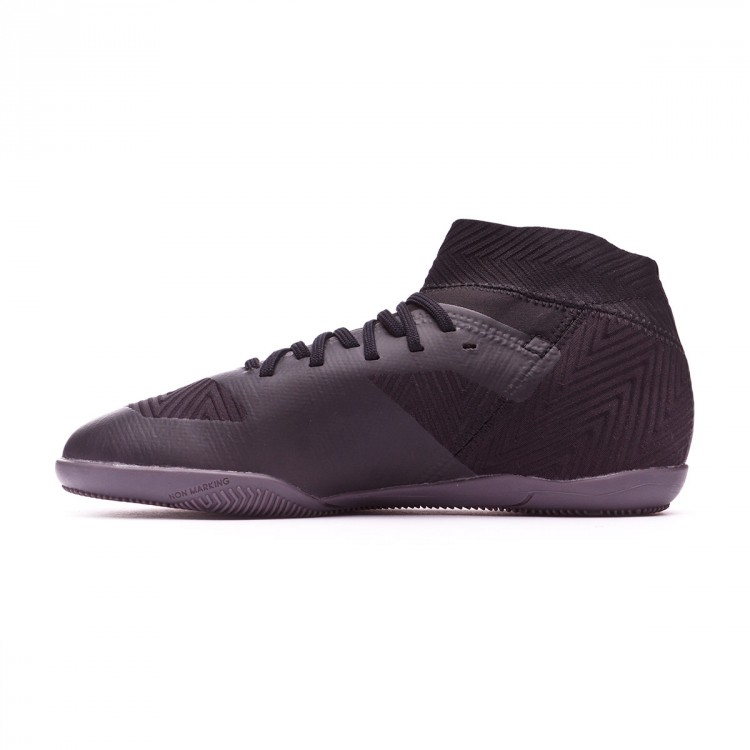 zapatilla-adidas-nemeziz-tango-18.3-nino-core-black-white-2.jpg