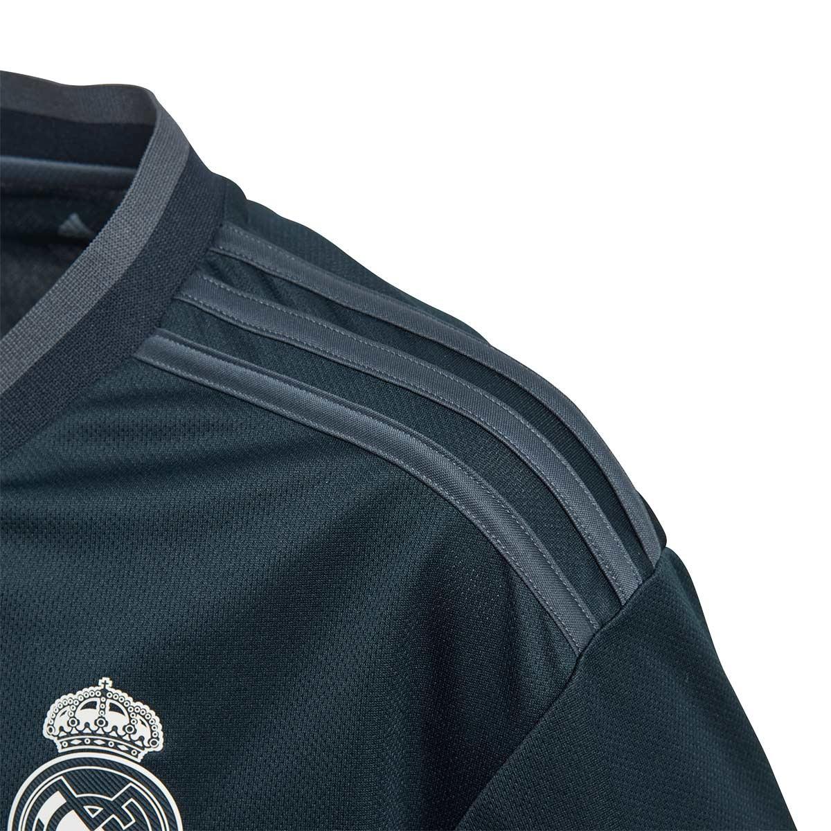 f50f5635ad84 Jersey adidas Kids Real Madrid 2018-2019 Away Tech onix-Bold onix-White -  Tienda de fútbol Fútbol Emotion