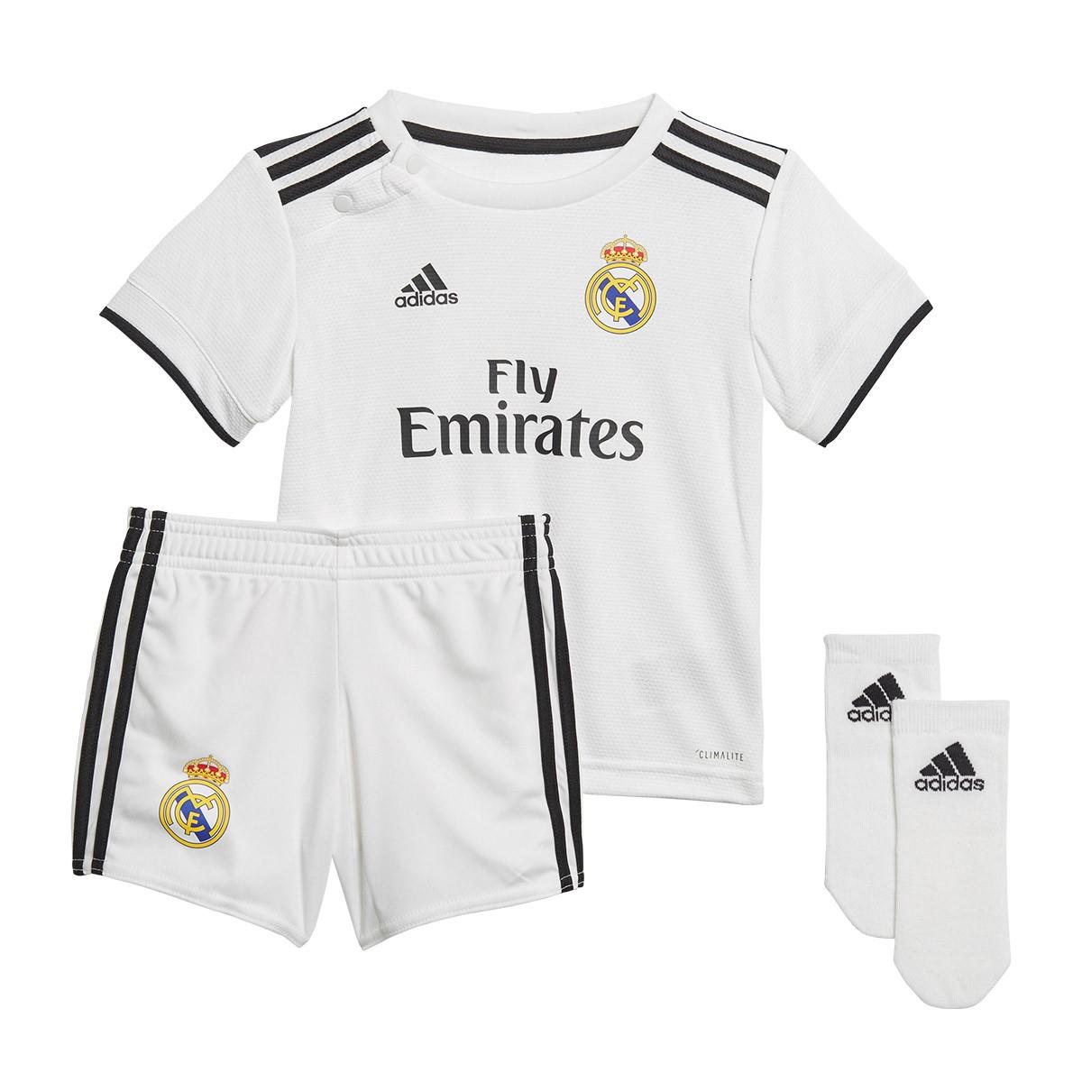 b55ca80f550d6 Conjunto adidas Real Madrid Primera Equipación 2018-2019 Bebé White-black -  Tienda de fútbol Fútbol Emotion