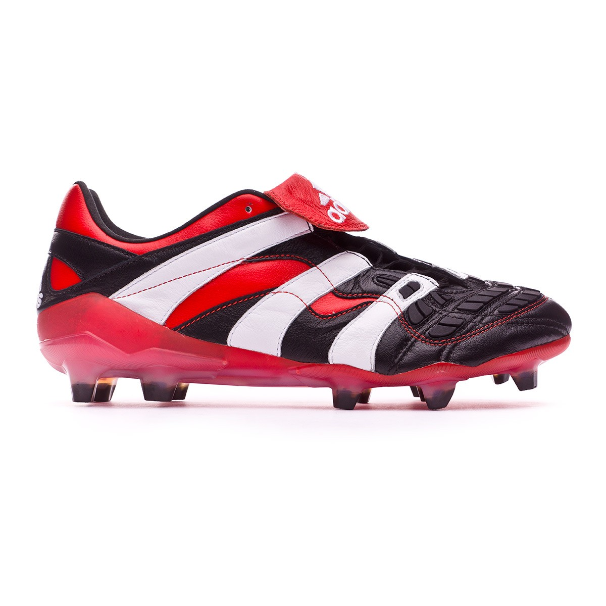 Bota de fútbol adidas Predator Accelerator FG Black - Soloporteros es ahora  Fútbol Emotion 6b32a4829a752