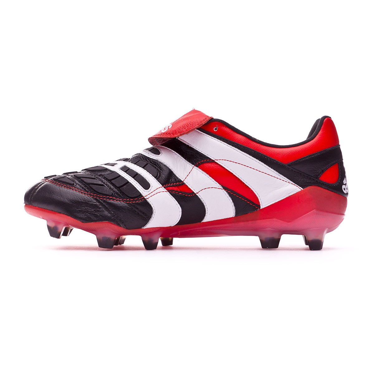 Boot adidas Predator Accelerator FG Black - Football store Fútbol Emotion 2f9554c61a3
