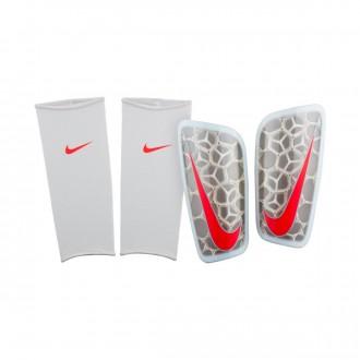 Espinillera  Nike Mercurial FlyLite Pure platinum-Wolf grey-Light crimson