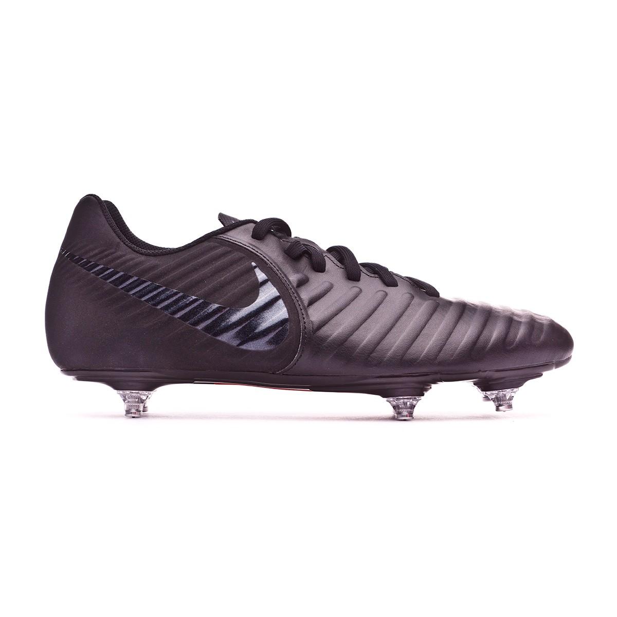 Bota de fútbol Nike Tiempo Legend VII Club SG Black - Leaked soccer ca60cfc3ef4b4