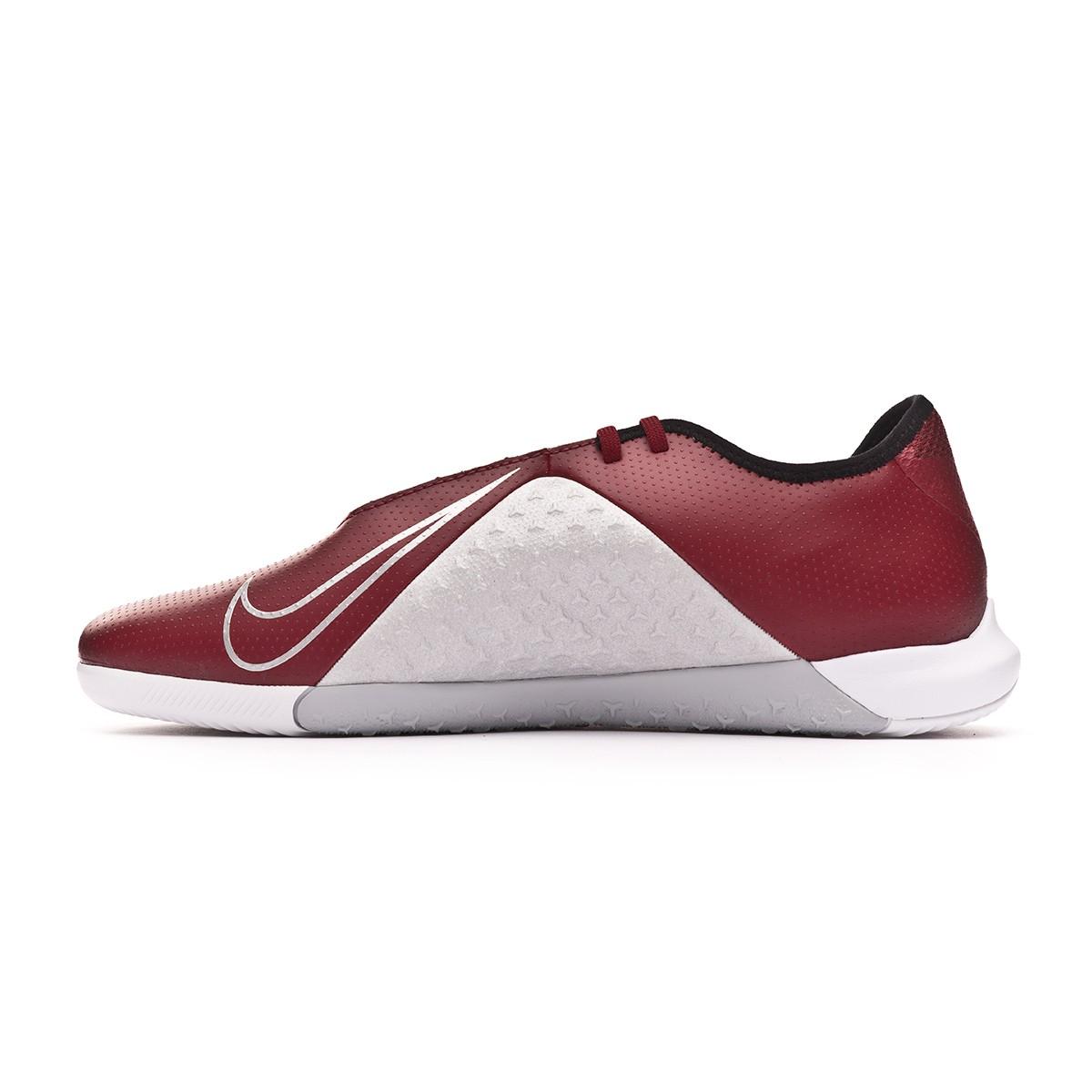 2262341f64c Futsal Boot Nike Phantom Vision Academy IC Team red-Metallic dark  grey-Metallic silver - Football store Fútbol Emotion