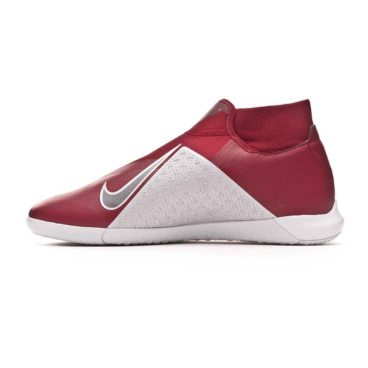 f17ebd912e1 Futsal Boot Nike Phantom Vision Academy DF IC Team red-Metallic dark grey- Bright crimson - Football store Fútbol Emotion