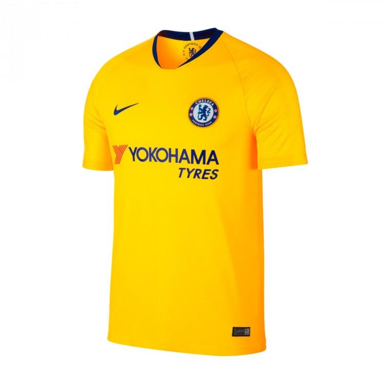 abbigliamento calcio Chelsea merchandising