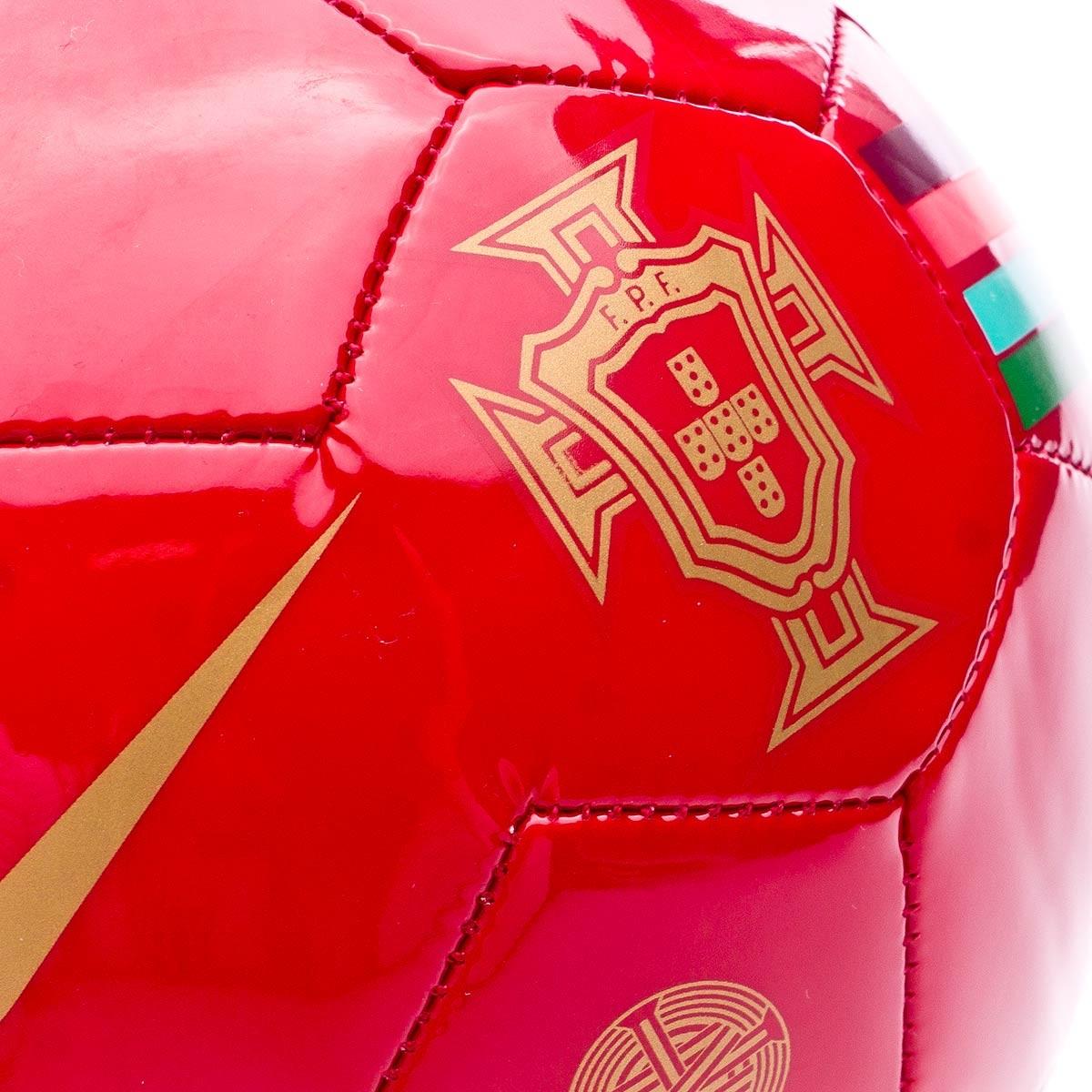 124e7e11a98d1 Bola de Futebol Nike Mini Portugal Skills 2018-2019 Gym red-Metallic gold -  Loja de futebol Fútbol Emotion