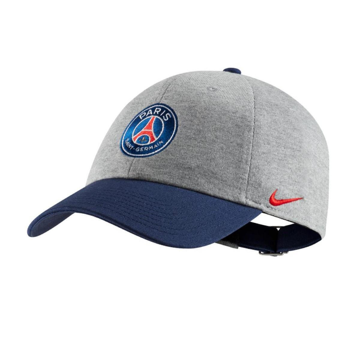 2055bf39c744f Boné Nike Paris Saint-Germain Heritage86 2018-2019 Crianças Dark  grey-Hrather-Challenge red - Loja de futebol Fútbol Emotion
