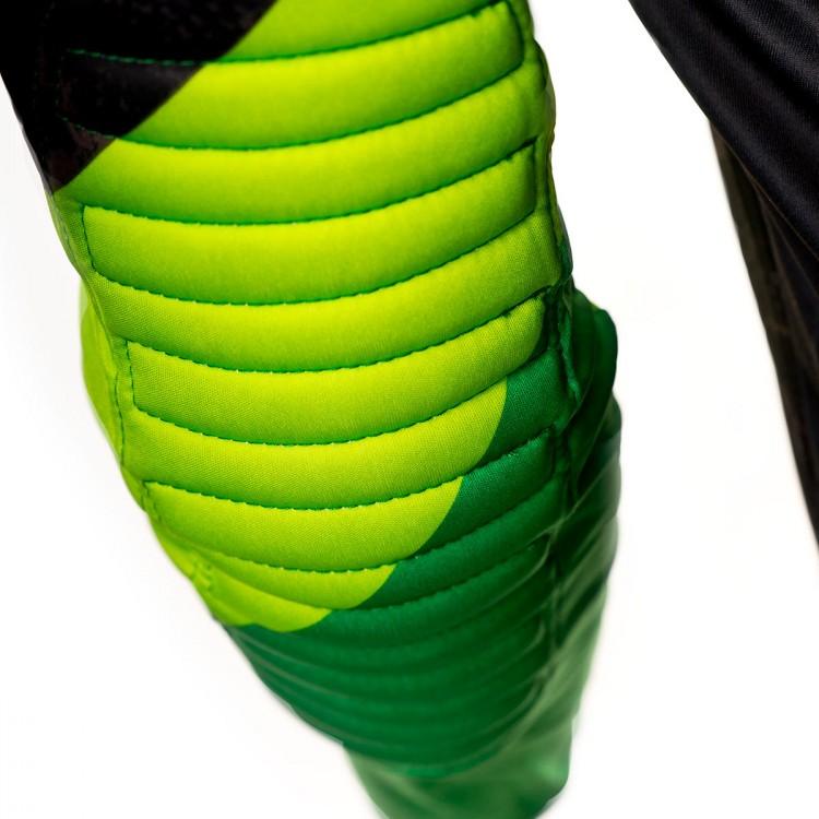 camiseta-rinat-kaiser-black-green-3.jpg