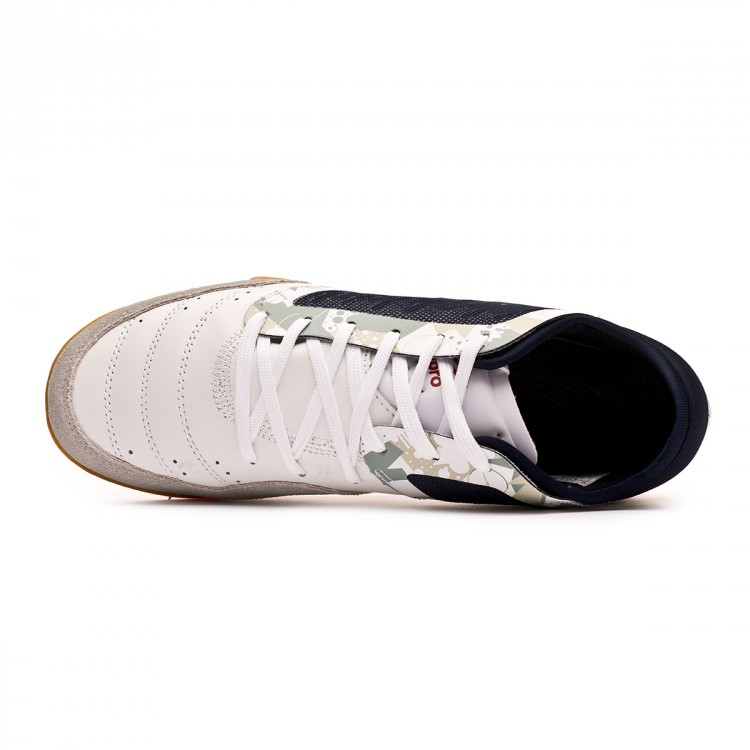 zapatilla-umbro-chaleira-pro-ic-white-grey-black-4.jpg