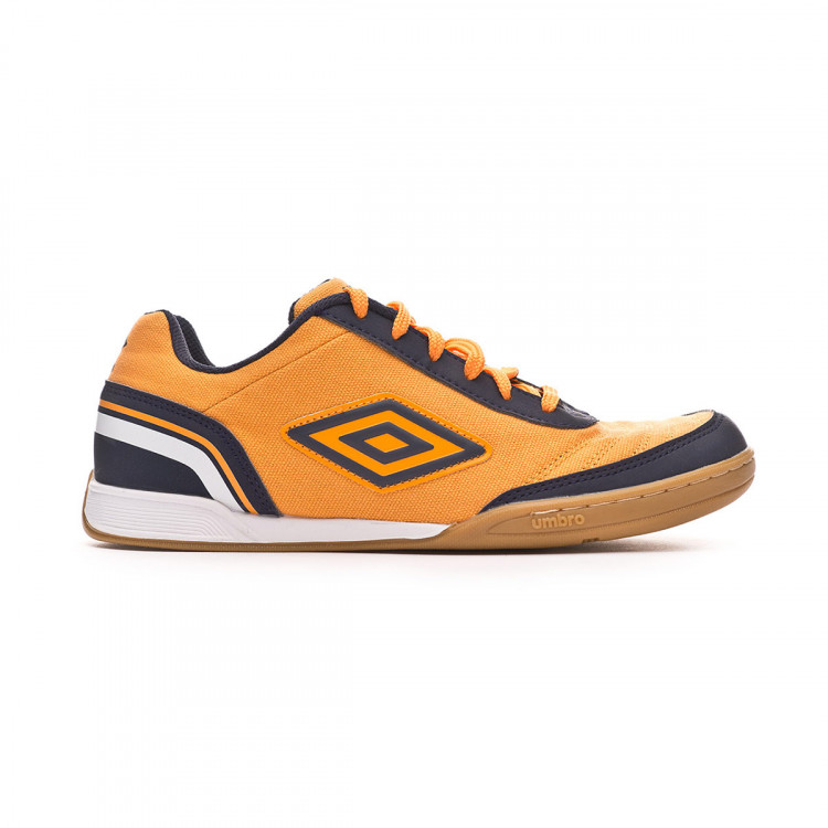 zapatilla-umbro-futsal-street-v-ic-orange-black-1.jpg