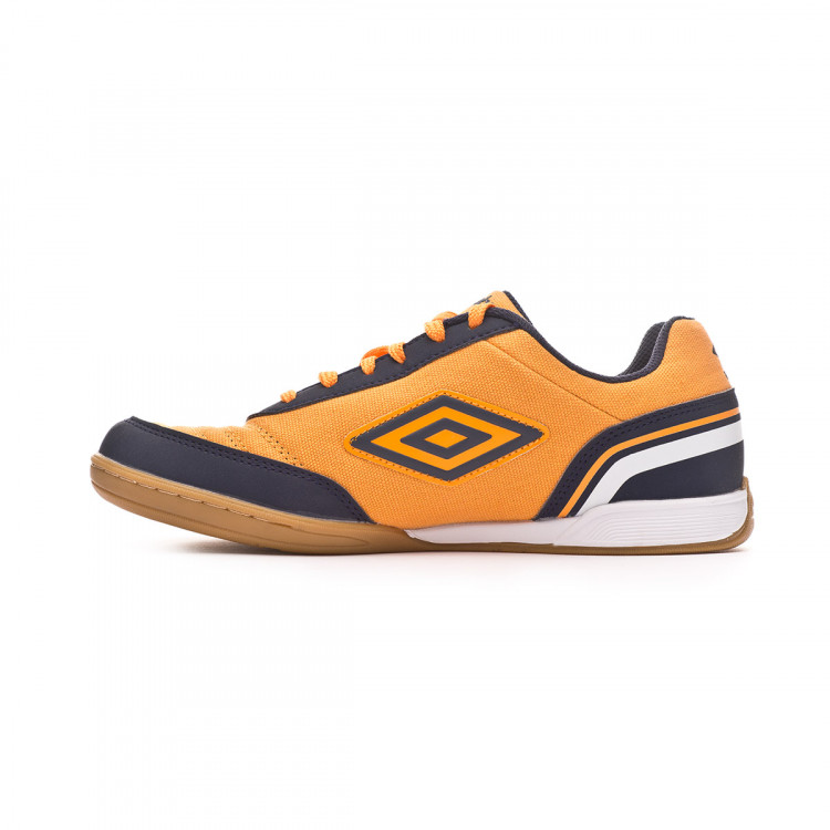 zapatilla-umbro-futsal-street-v-ic-orange-black-2.jpg