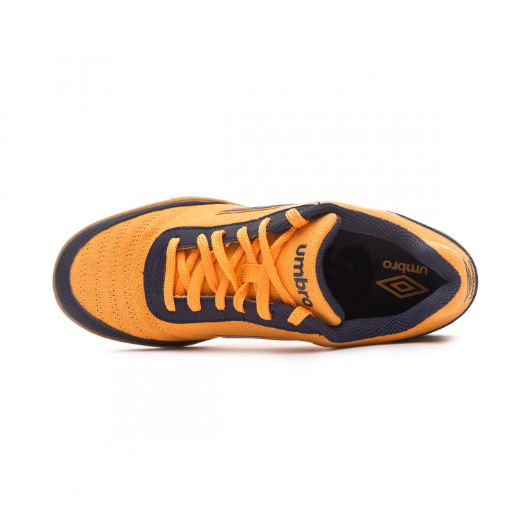zapatilla-umbro-futsal-street-v-ic-orange-black-4.jpg