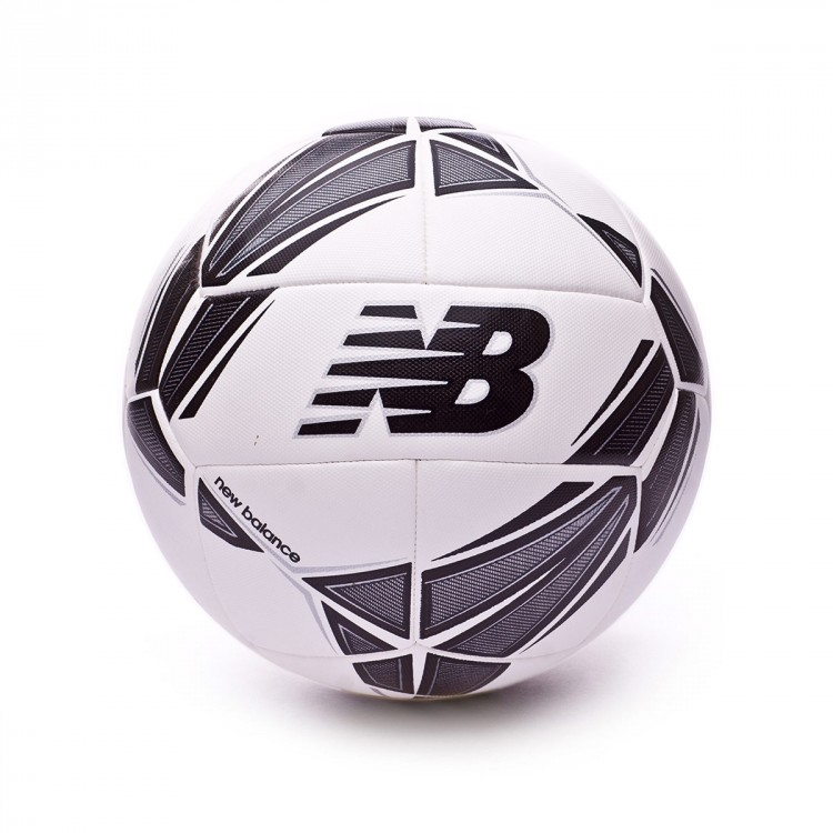 ballon foot new balance