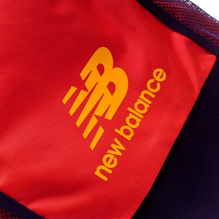 mochila-new-balance-team-flame-4.jpg