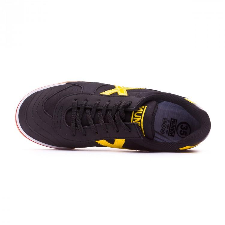zapatilla-munich-gresca-nino-negro-amarillo-4.jpg