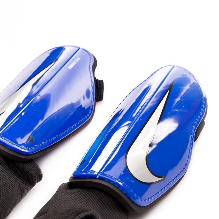 espinillera-nike-charge-football-nino-racer-blue-silver-1.jpg