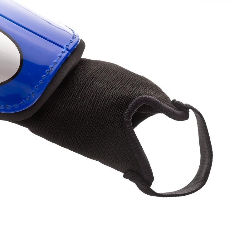 espinillera-nike-charge-football-nino-racer-blue-silver-3.jpg