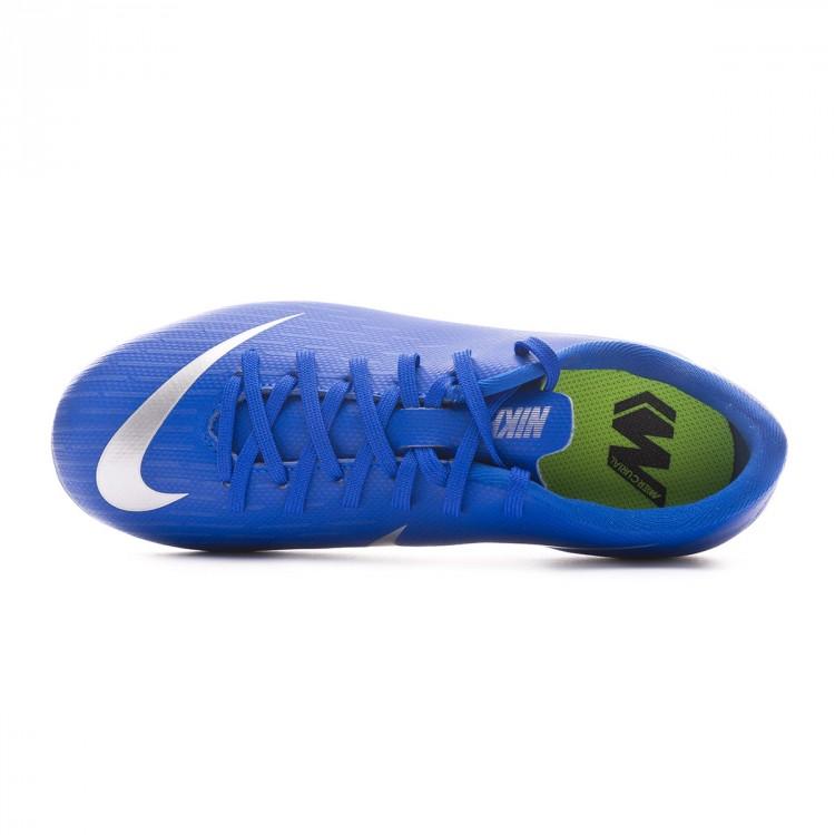 bota-nike-mercurial-vapor-xii-academy-mg-nino-racer-blue-metallic-silver-black-volt-4.jpg