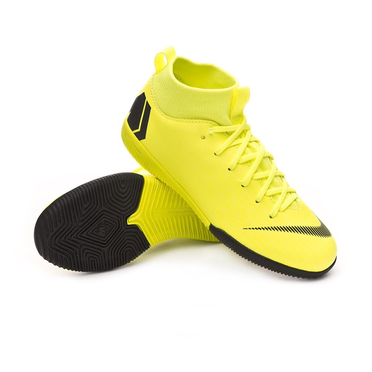 4b7efe8e4166 Futsal Boot Nike Kids Mercurial SuperflyX VI Academy IC Volt-Black -  Football store Fútbol Emotion