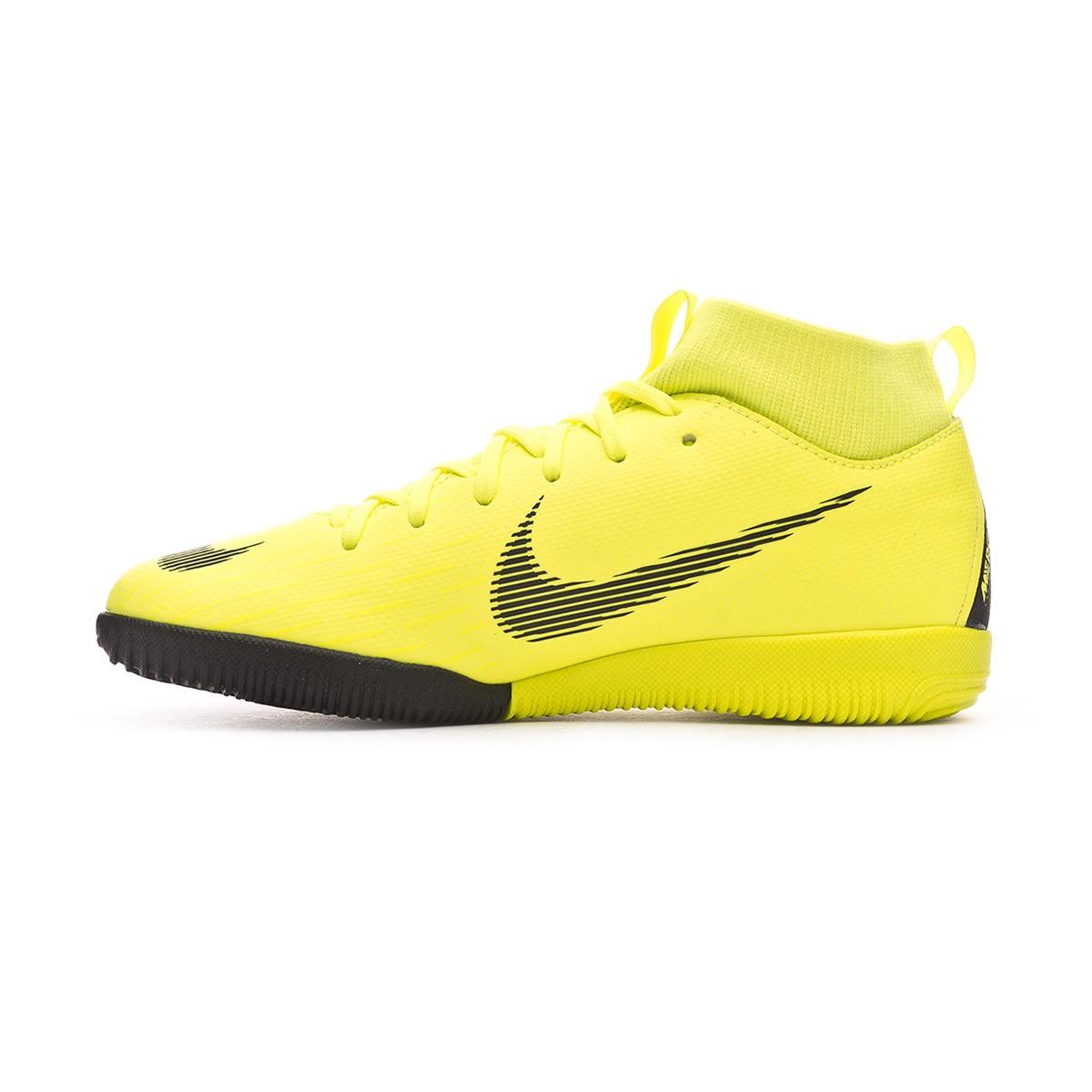 e6870b057dd Futsal Boot Nike Kids Mercurial SuperflyX VI Academy IC Volt-Black -  Football store Fútbol Emotion