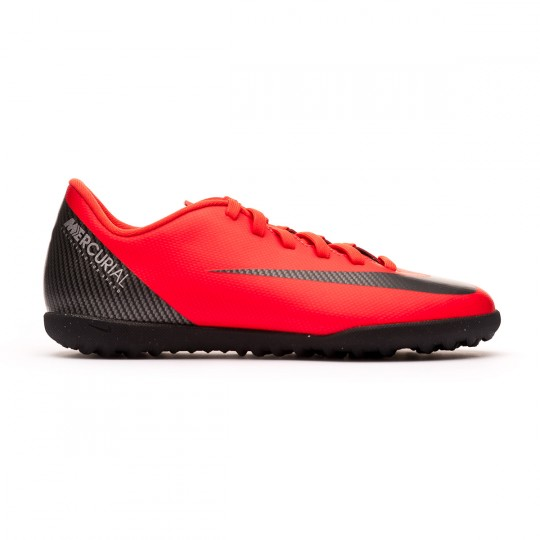 sale retailer e91d6 86ad5 Mercurial VaporX XII Club GS CR7 Turf Junior