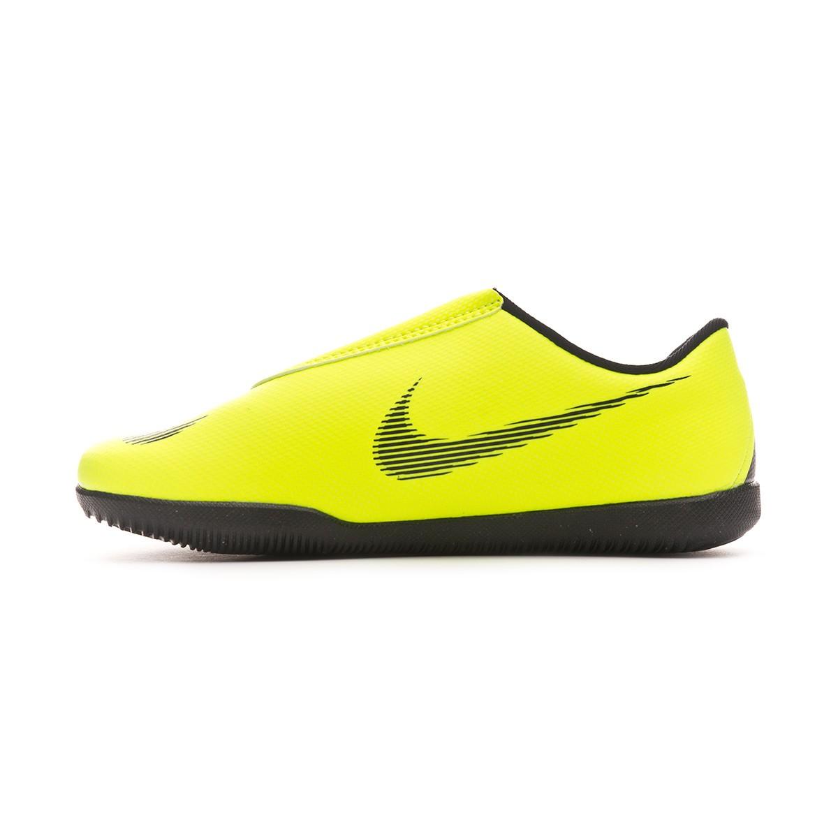 84c3e534b38 Futsal Boot Nike Kids Mercurial Vapor XII Club IC Velcro Volt-Black - Football  store Fútbol Emotion