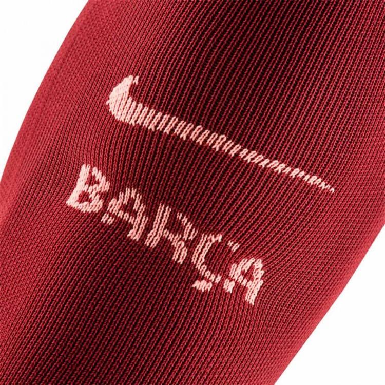 medias-nike-fc-barcelona-stadium-2018-2019-deep-maroon-light-atomic-pink-3.jpg