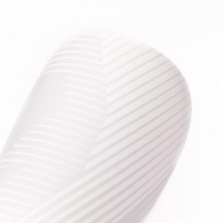 espinillera-sak-shape-white-2.jpg