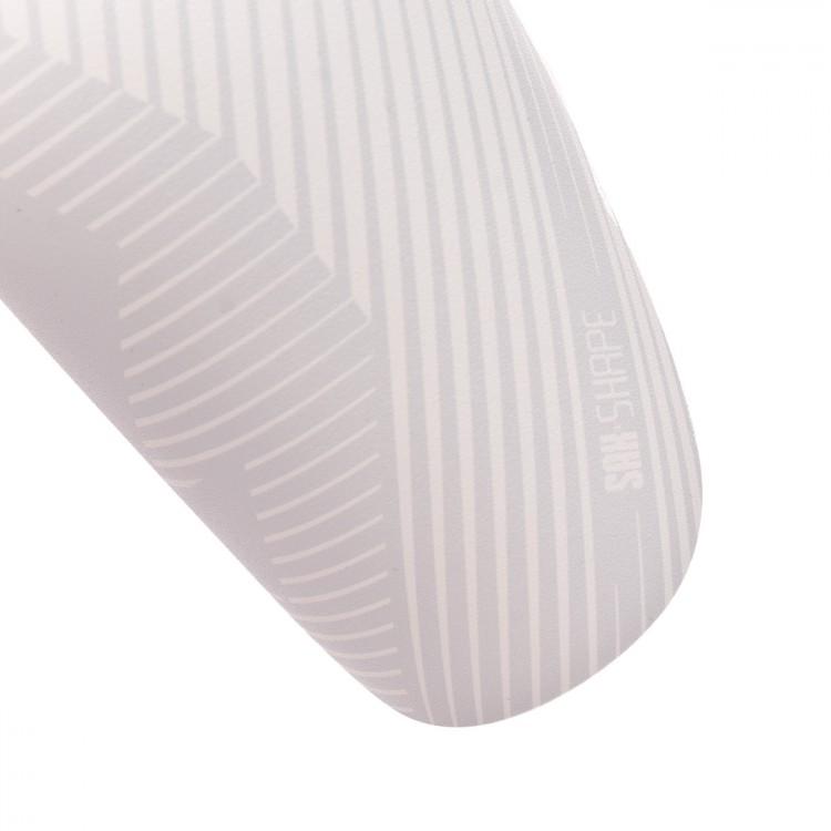 espinillera-sak-shape-white-3.jpg