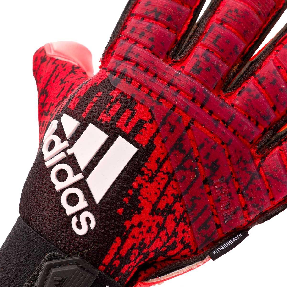 umbro football gloves