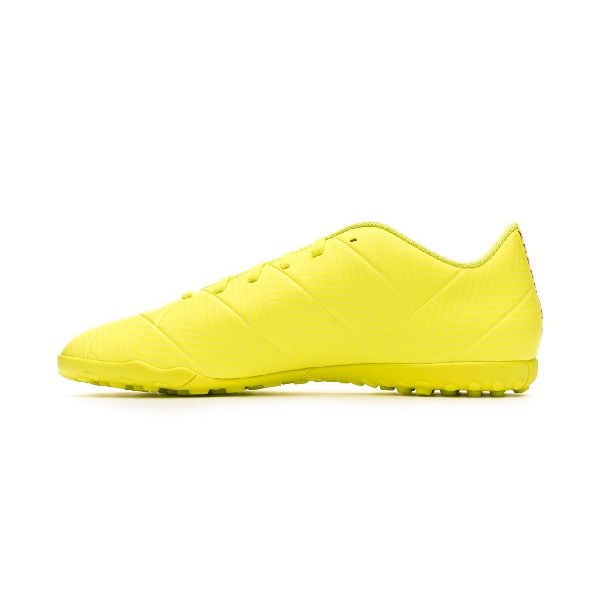 Anormal Majestuoso Resignación  Football Boot adidas Nemeziz Tango 18.4 Turf Solar yellow-Football  blue-Active red - Football store Fútbol Emotion
