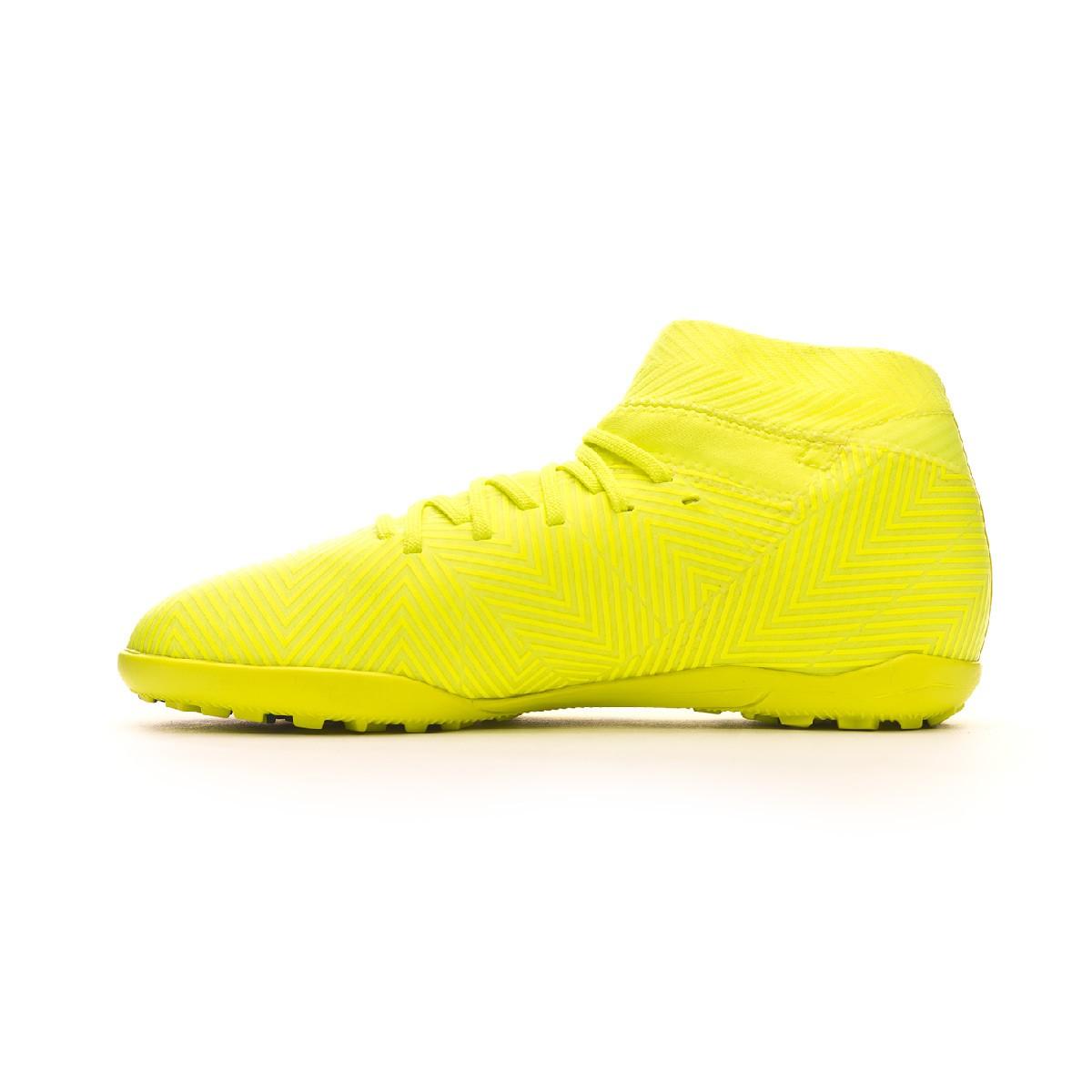 c837c9963ddc3 Tenis adidas Nemeziz Tango 18.3 Turf Niño Solar yellow-Football blue-Active  red - Tienda de fútbol Fútbol Emotion