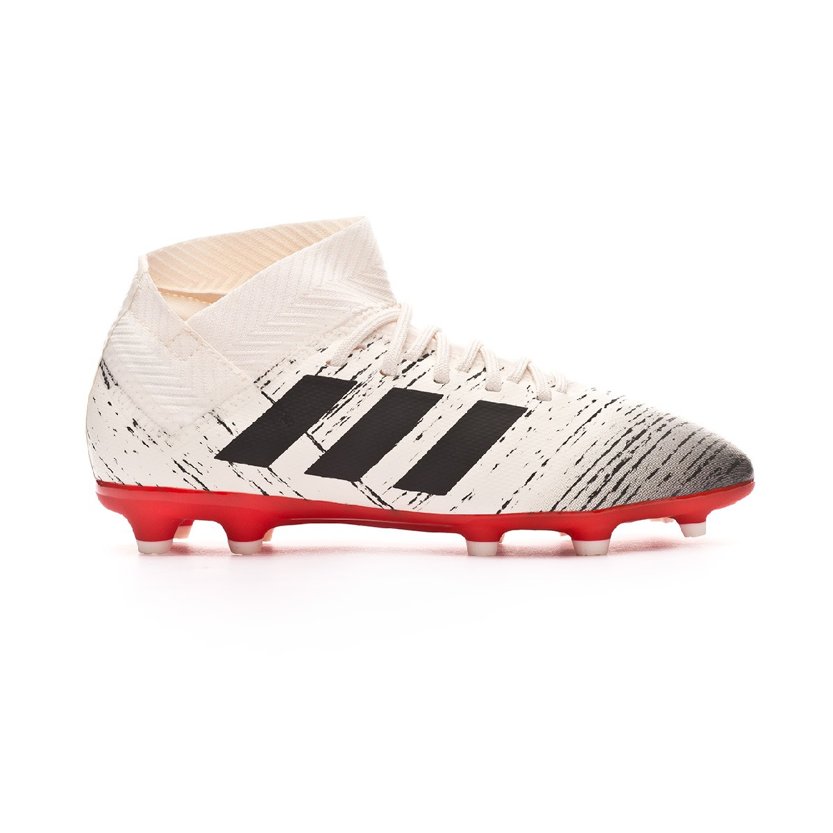 ... 18.3 FG Niño Off white-Core black-Active red. CATEGORY. Football boots  · adidas football boots 547ae51efc3da
