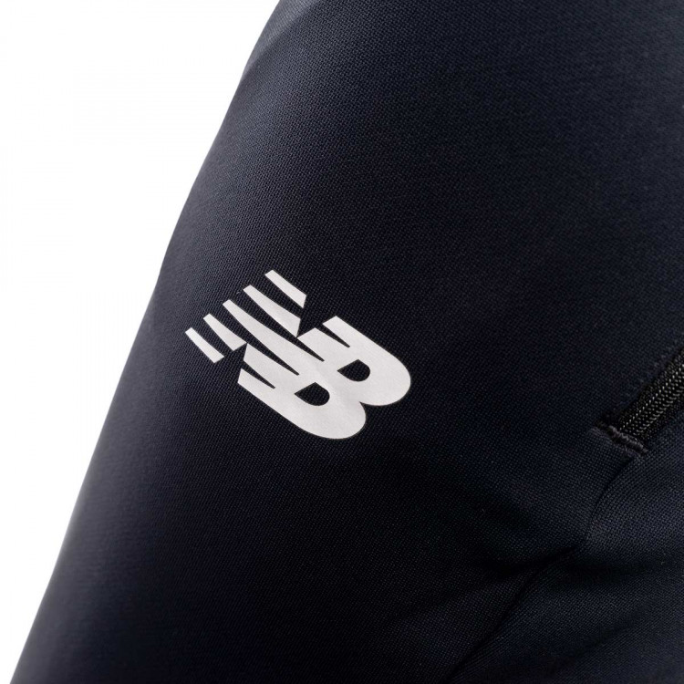 pantalon-largo-new-balance-elite-tech-black-3.jpg