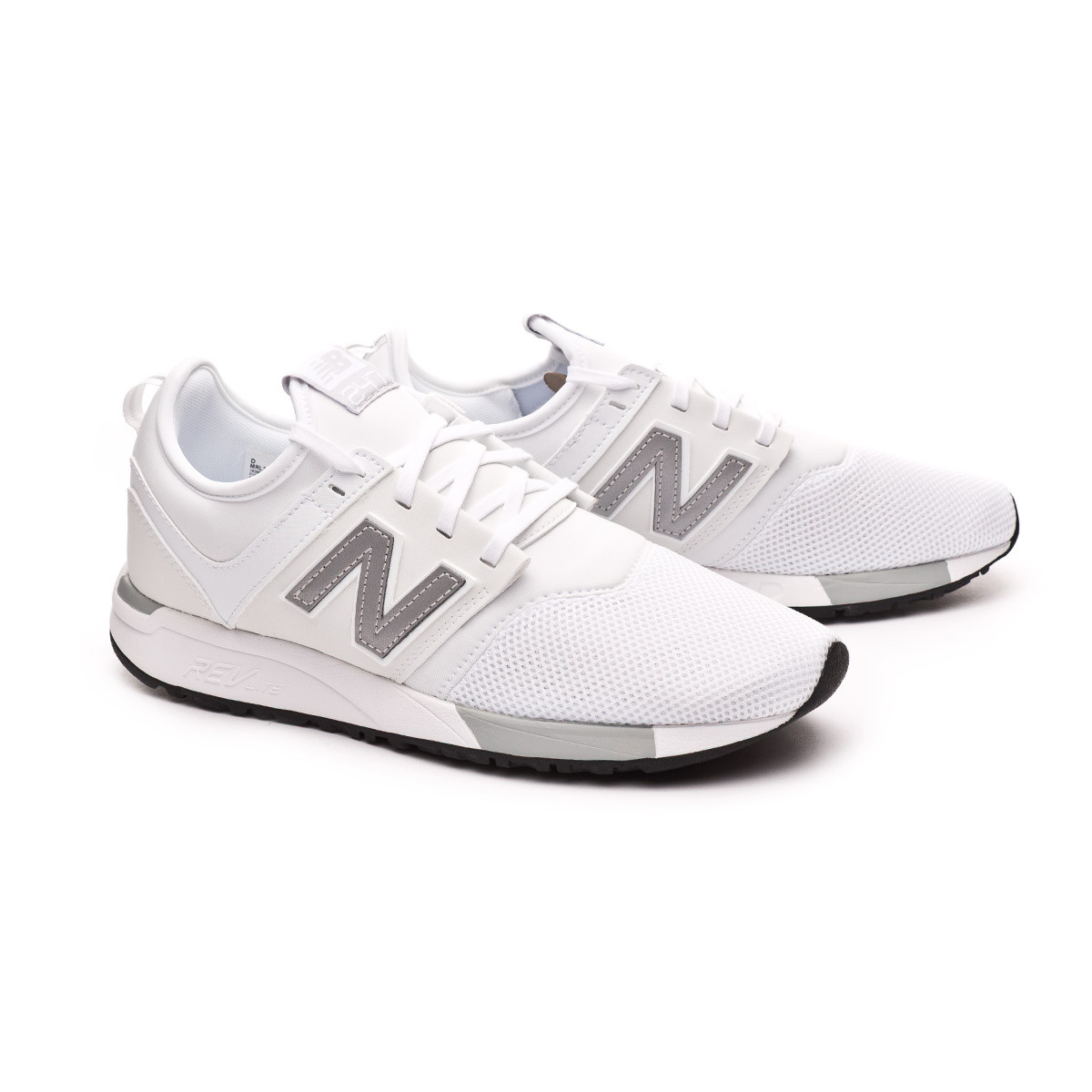 Trainers New Balance 247 White-Silver