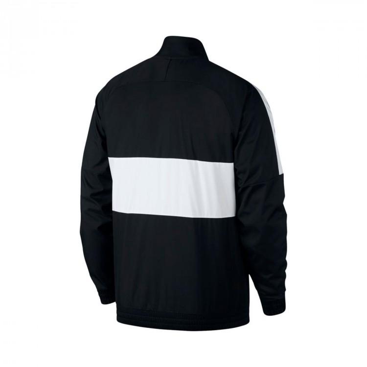chaqueta-nike-f.c.-black-white-1.jpg